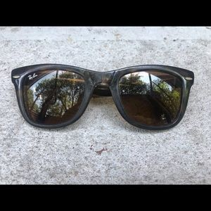 Wayfarer Folding Classic Ray Ban Sunglasses